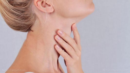 Manage your underactive thyroid with these essential nutrients