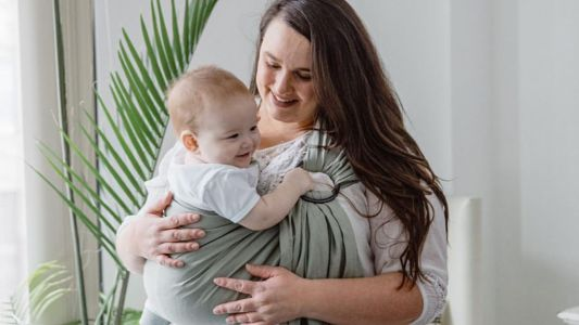 5 best carriers and wraps for plus-size parents who want to babywear