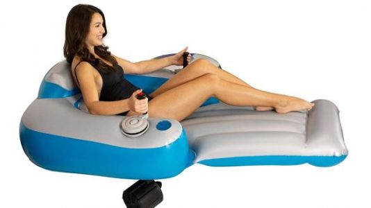 Motorized Pool Float: Because Winter Is Long And You Deserve This Sh*t