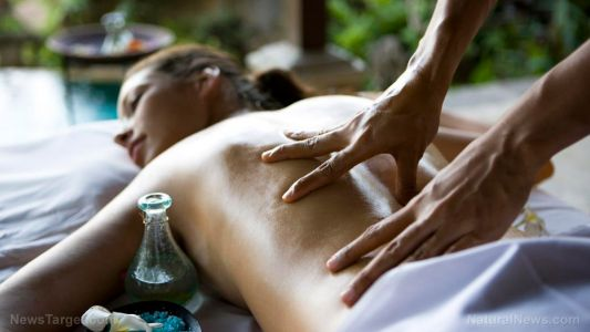 Bad back? Ayurvedic massage can reduce chronic lower back pain