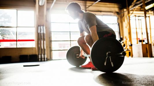Lifting weights can improve survival of lung cancer patients