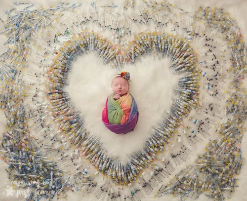 It Took 4 Years, 7 Attempts, 3 Miscarriages, And 1,616 Shots To Make This Baby